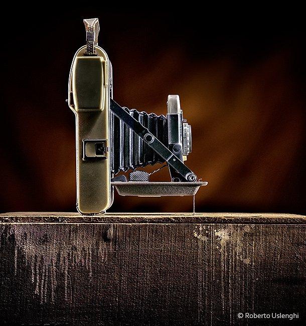 Fotocamera-Polaroid-profilo.jpg